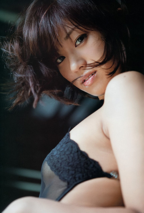 安枝瞳 (40)
