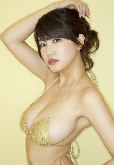 岸明日香 (31)