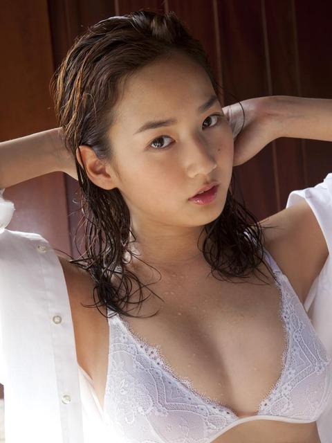 高嶋香帆 (49)