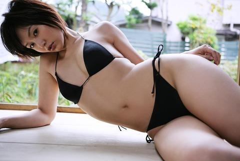 平田弥里 (10)