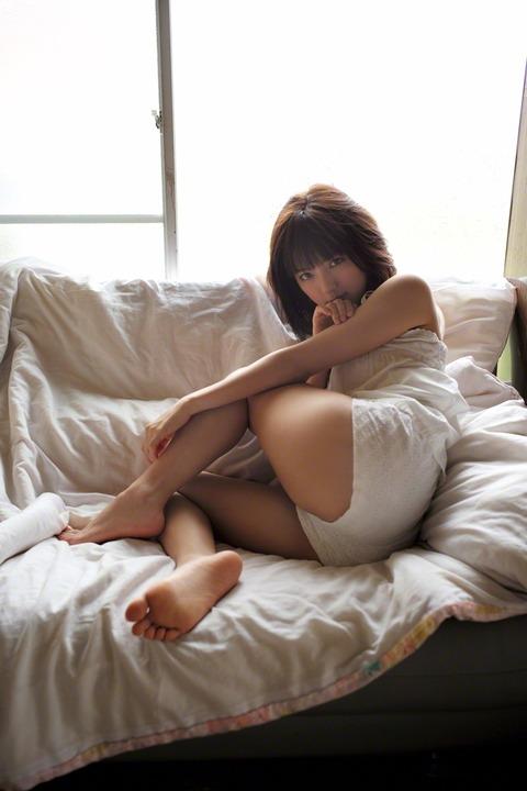 真野恵里菜 (26)