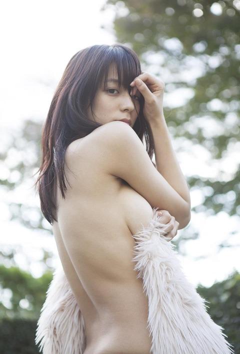 小瀬田麻由 (25)