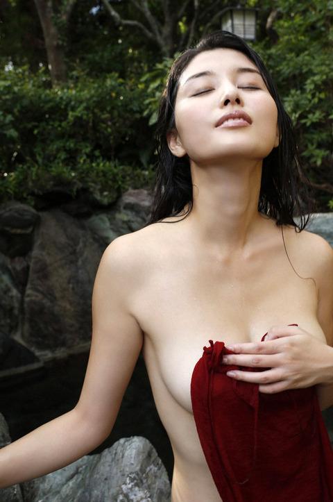 橋本マナミ (32)