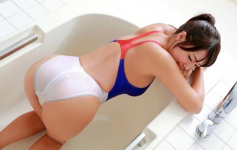 橋本梨菜 (33)