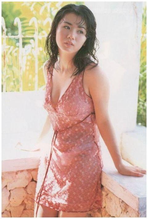 小島可奈子 (27)