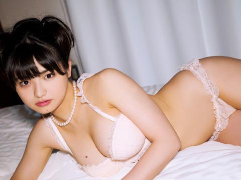 片岡沙耶 (65)