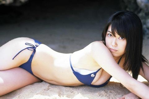 秦みずほ (41)