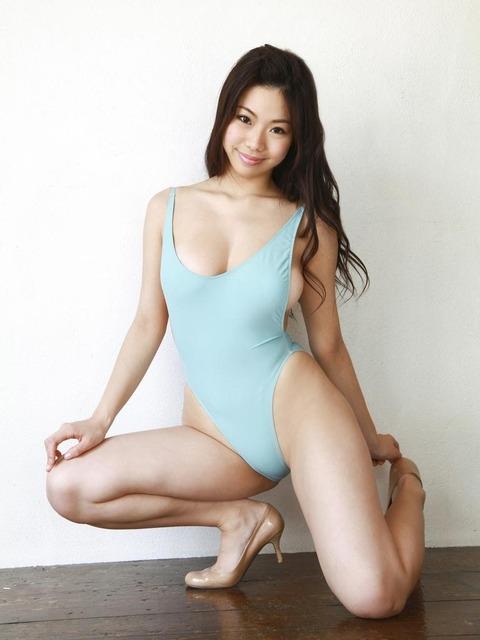 鈴木ふみ奈 (46)