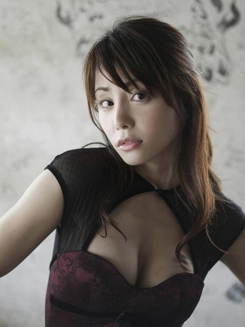 森崎友紀 (31)
