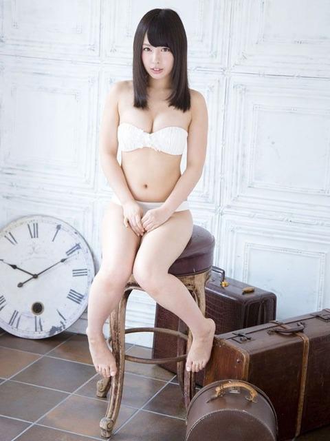 山田菜々2 (32)