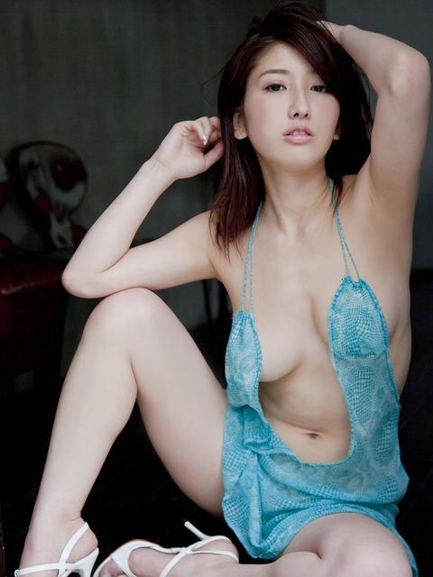亜里沙 (b7)