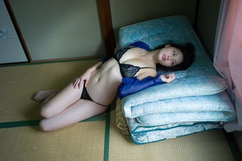 橋本マナミ (24)