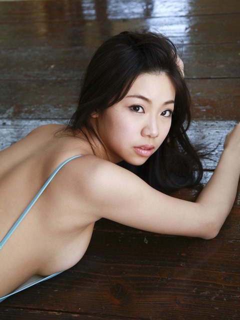鈴木ふみ奈 (48)