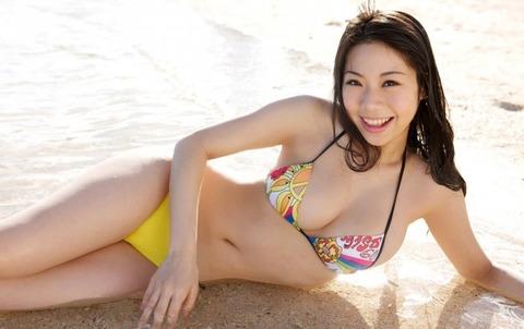 鈴木ふみ奈1 (11)