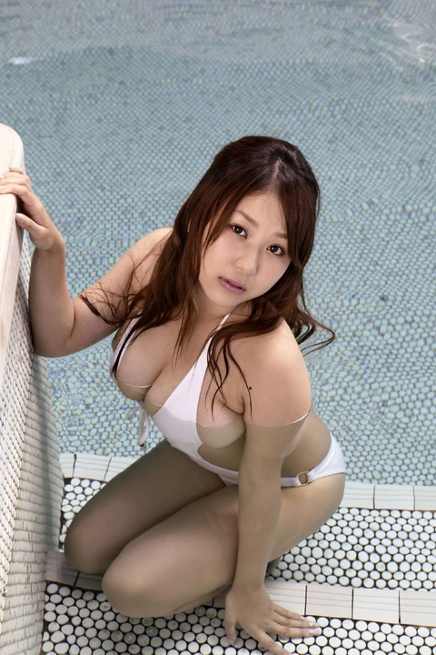 西田麻衣 (69)