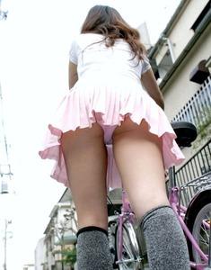 エロい女の子のパンツ130228_01