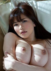 エロい女の子のおっぱい画像130422_02