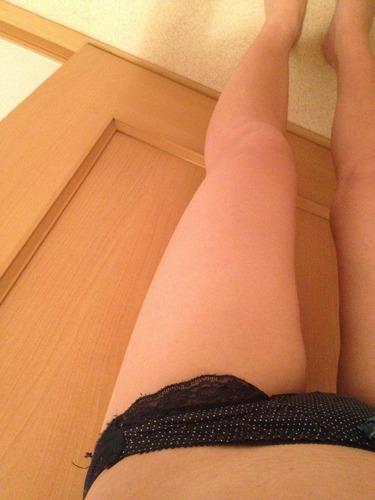 美脚がエロい画像130404_04
