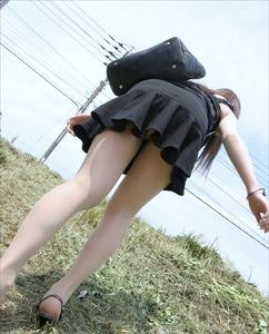 女の子のエッチなパンツのエロ画像130425_04