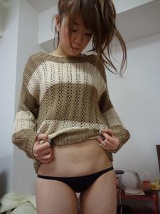 女の子の淫乱な下着のエロ画像130425_18