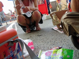 女の子のエッチなパンツのエロ画像130425_01