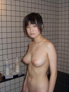 エロい女の子の手コキのおっぱい画像130425_02