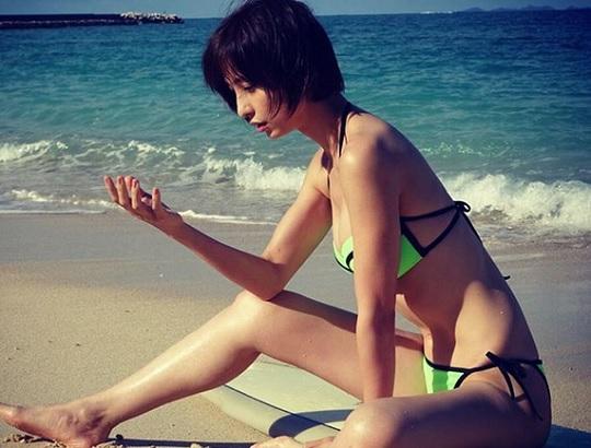 【エンタメ画像】篠田麻里子さんが久しぶりにビキニ姿をインスタグラムにアップ★さらに美しさに磨きがかかっていると話題に★