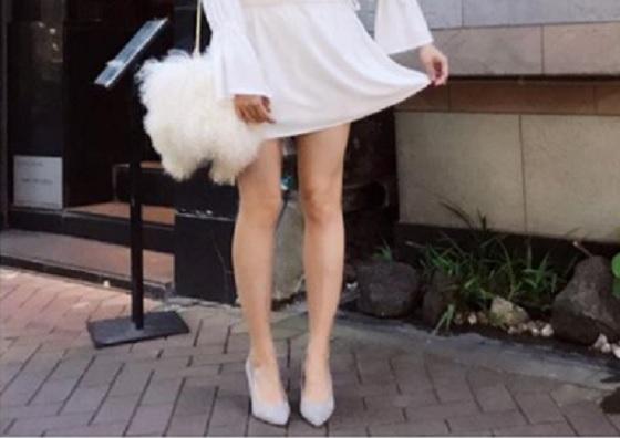 【エンタメ画像】菊地亜美ちゃんが色っぽいすぎるセクシーな脚をInstagramにアップ★美しすぎると話題に