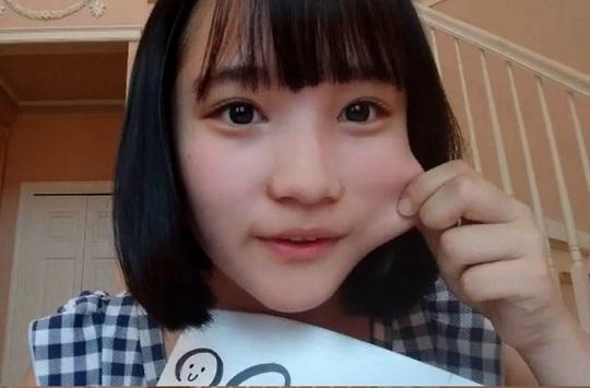 【エンタメ画像】AKB48候補生の矢作萌花ちゃん(14)の乳が大きすぎると話題!推定Fカップ谷間チラ見せムービーあり!