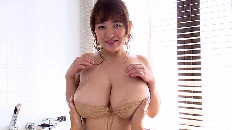 【エンタメ画像】Iカップボインビキニギャル柳瀬早紀ちゃんの最新IVが乳房揺れててエロすぎると話題に