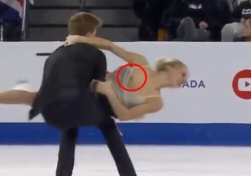 ロシアのアイスダンス選手、ヴィクトリヤ・シニツィナが乳首出しっぱなしで回転