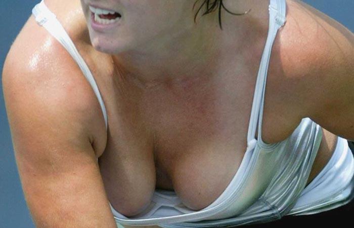 【アスリートエロ画像】巨乳だらけの海外テニス美女、痛いぐらいに揺らしているwww