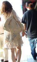 【透けパン エロ画像】パンツが透けたまま歩く素人さんってwww