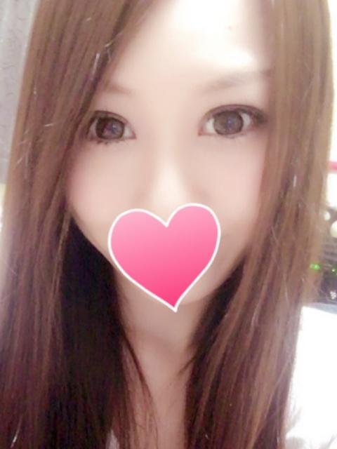 girl_5e281aea42cfd2.12524643_480x640