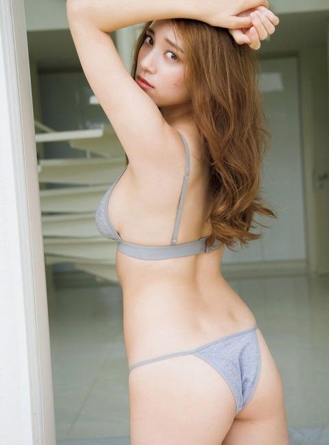 tomaru_sayaka_32_20200131171500721