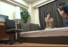 ホテルにて、ポニーテールの女子校生のH無料動画。ノリノリでビデオ撮影に応じるポニーテールの清純女子校生がホテルでハメ撮りSEX ShareVideos