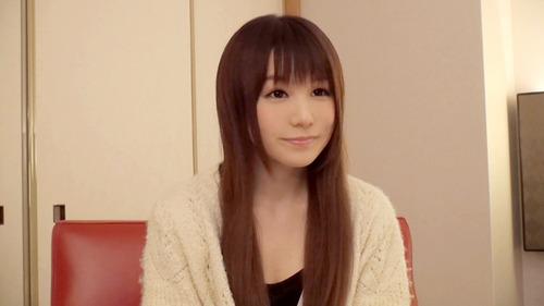 AKB48まゆゆにそっくりな激カワ素人さんのハメ撮りエロ画像!