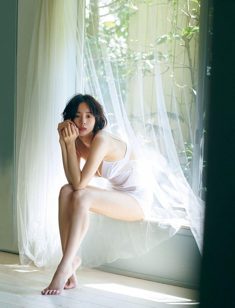 okada-sayaka-friday-06
