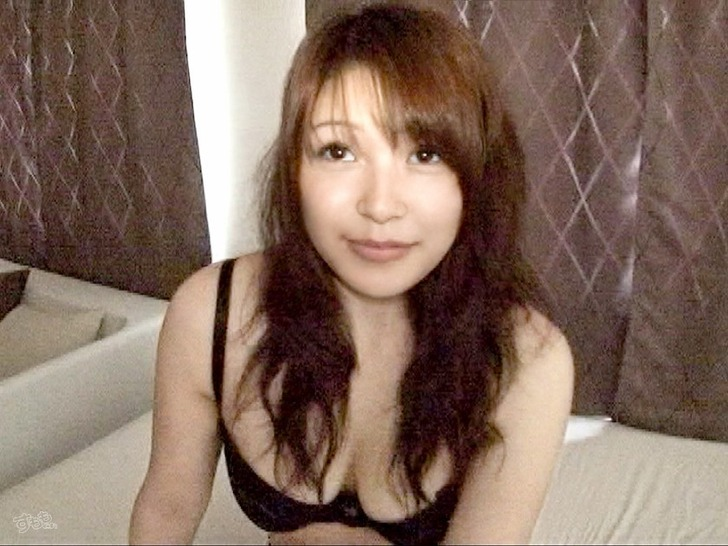 nitta_emi_4936-002