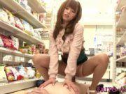 吉沢明歩に誘惑されたら真面目な店員もついつい勃起しちゃいますよ。