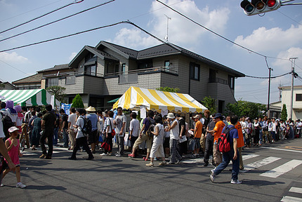 13:35 埼玉新聞ブース大人気