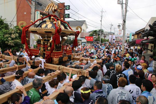 土師祭2014 練り歩く千貫神輿