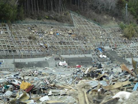 宮城県女川震災被害画像(11年4月3日)04