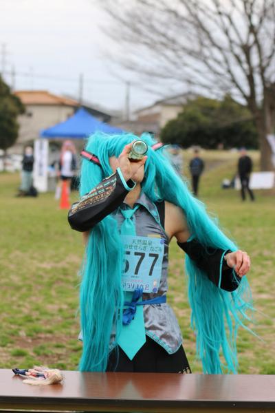 萌フェス「萌輪ぴっく」障害物競走 久喜マラソン