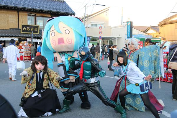 鷲宮神社初詣コスプレイベント