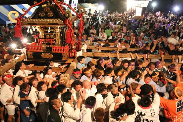土師祭2014 土師祭終盤 迫力のもみ合い
