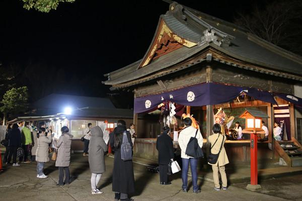 元旦の催馬楽神楽奉納3 鷲宮神社2015年初売り