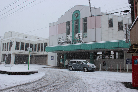 大雪の日の鷲宮駅