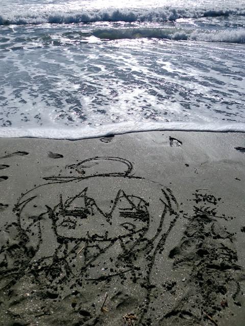こなたが由比ヶ浜を聖地巡礼