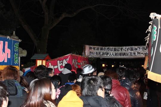 午前3時の鷲宮神社参拝列